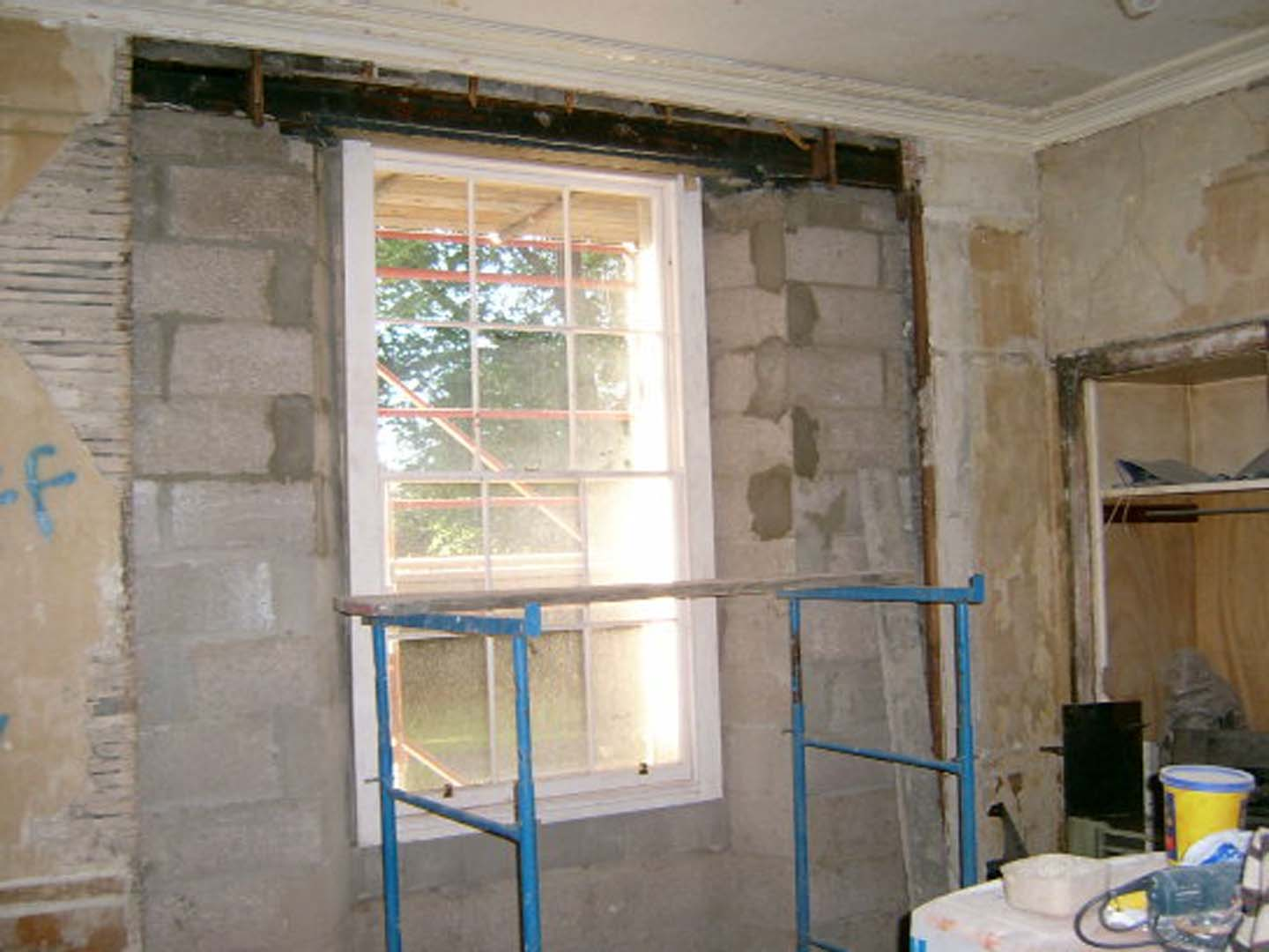 Georgian House image of window being worked on during restoration